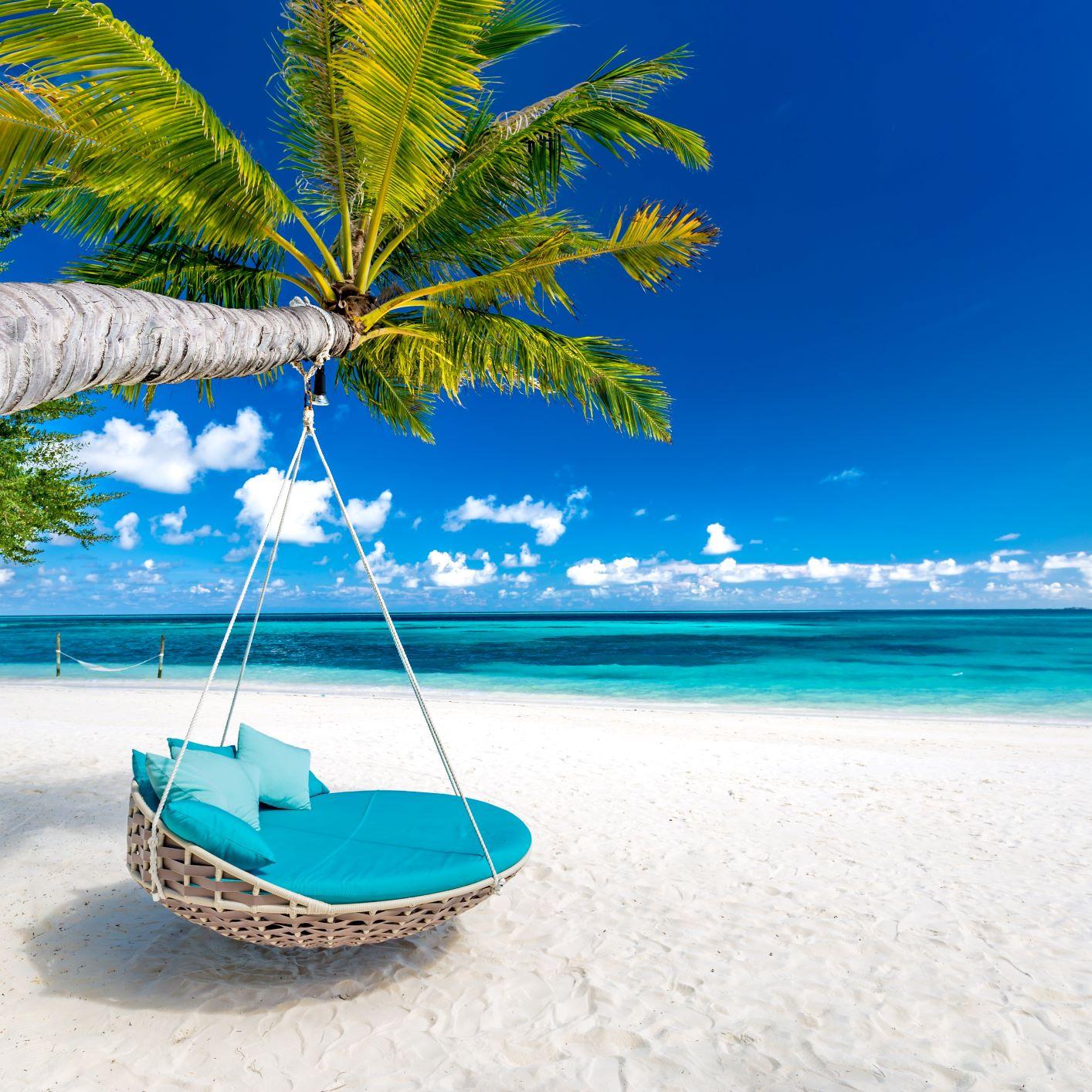 maldives low.jpg